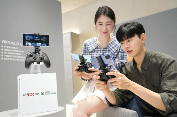 SK텔레콤이 MS와 5G 연동 엑스박스 클라우드 게임 출시했다.